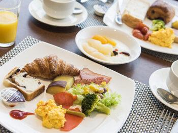 【Breakfast On Us】ウィング棟(新館)客室限定!朝食ブッフェ無料サービス!