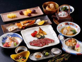 【1泊2食付☆北の味覚を満喫!】志古津料理長おすすめコース&和洋中朝食ブッフェ