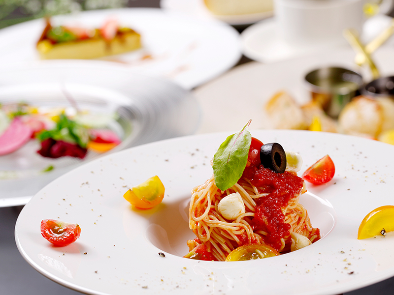 道産食材で彩るまるごと北海道ディナー<8月>